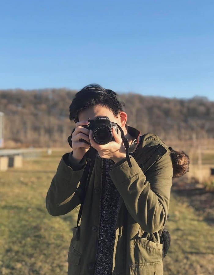 Nhiếp ảnh gia Thân Tuấn Tiến